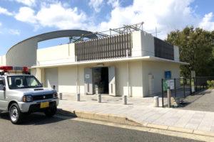 【台風21号】さやか公園防災備蓄倉庫でブルーシートを配布しています