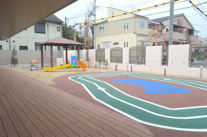 「UPっぷ」園庭