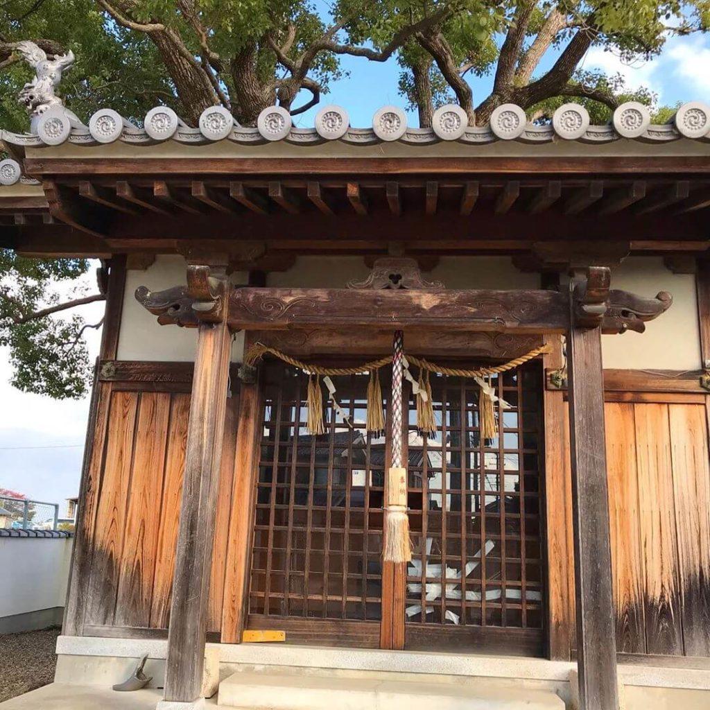 山本地区をお散歩中に「稲荷神社」に寄ってきました (1)