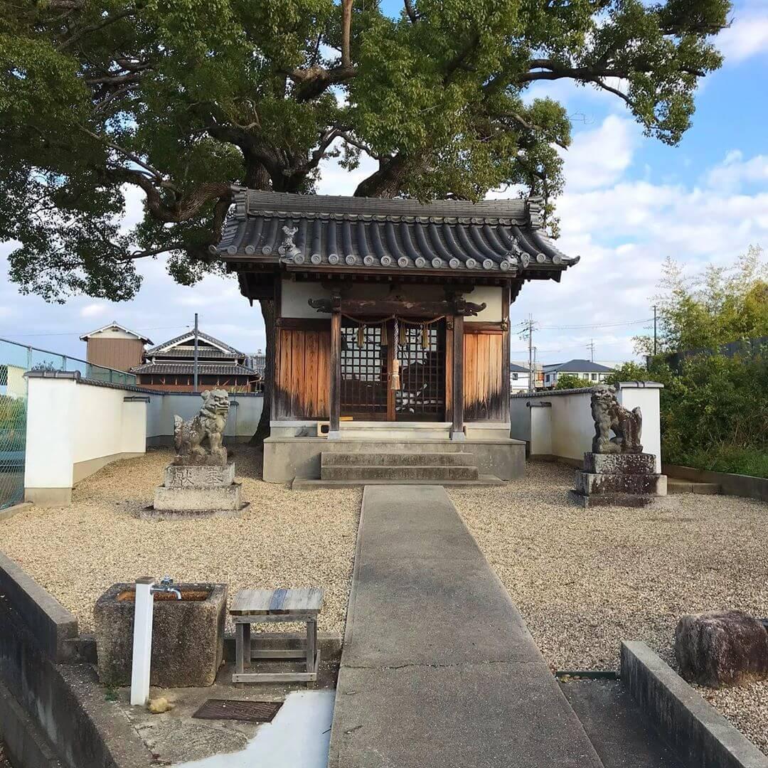 山本地区をお散歩中に「稲荷神社」に寄ってきました (4)