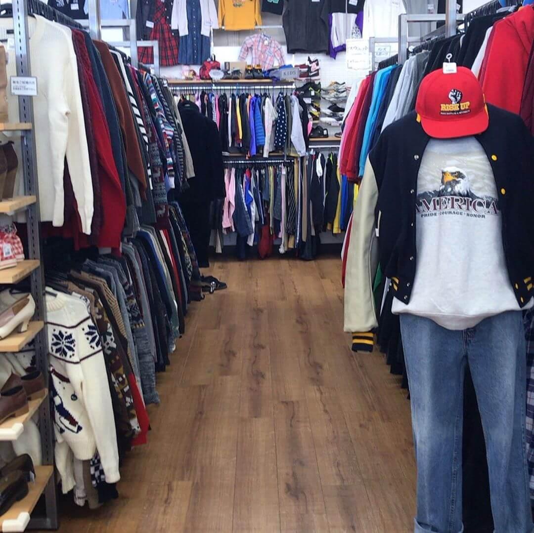 散歩途中に「古着屋KINJI 狭山店」に寄ってきました (2)