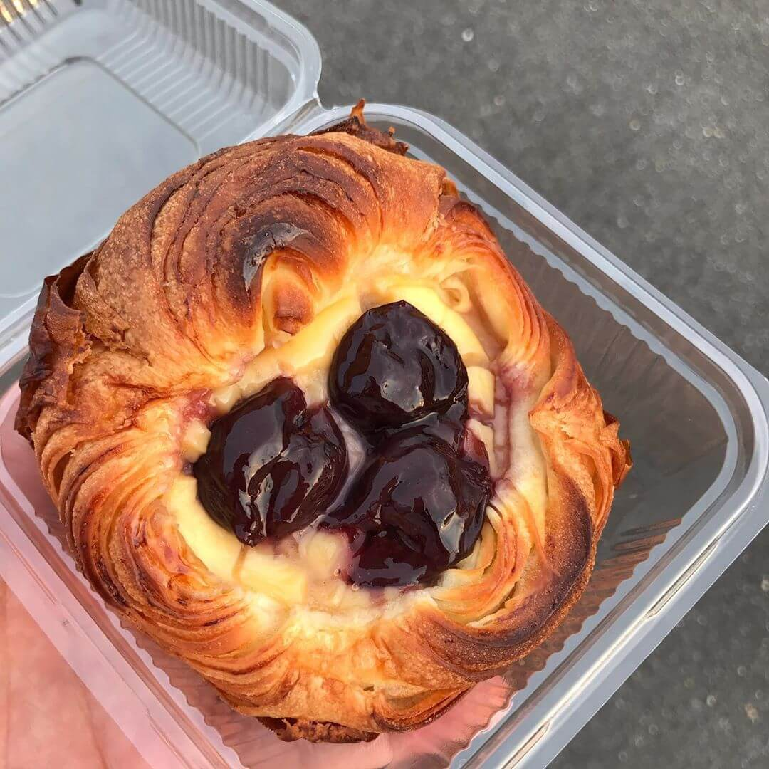 大阪狭山市駅前のパン屋さん「Pain+(パンプラス)」に散歩途中に寄ってきました (3)