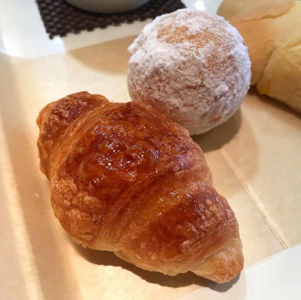 南海高野線 金剛駅の西口(富田林側)にあるパン屋さん「BAKERY & CAFE LONDON(ロンドン)金剛店」に行ってきました (3)