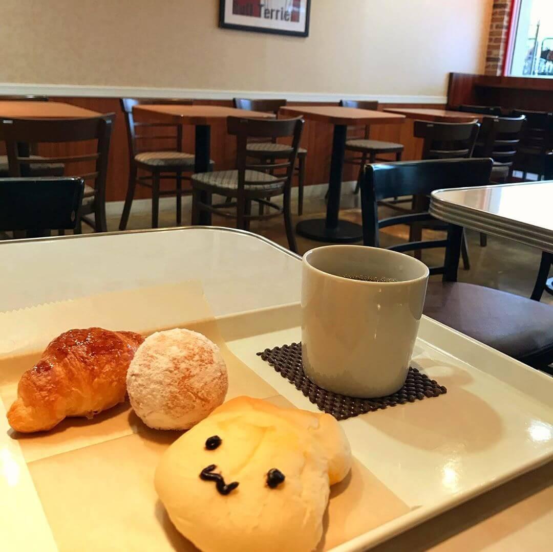南海高野線 金剛駅の東口(富田林側)にあるパン屋さん「BAKERY & CAFE LONDON(ロンドン)金剛店」に行ってきました (2)