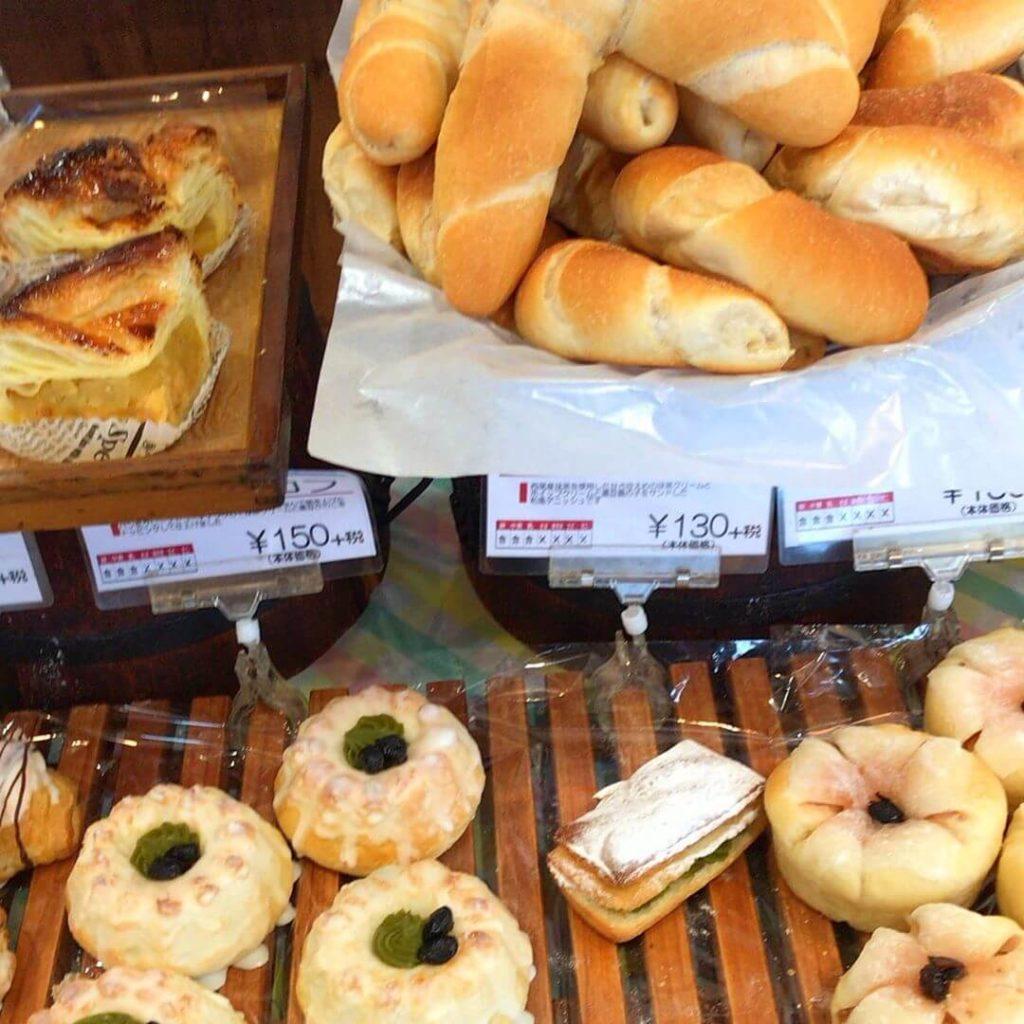 南海高野線 金剛駅の西口(富田林側)にあるパン屋さん「BAKERY & CAFE LONDON(ロンドン)金剛店」に行ってきました (10)