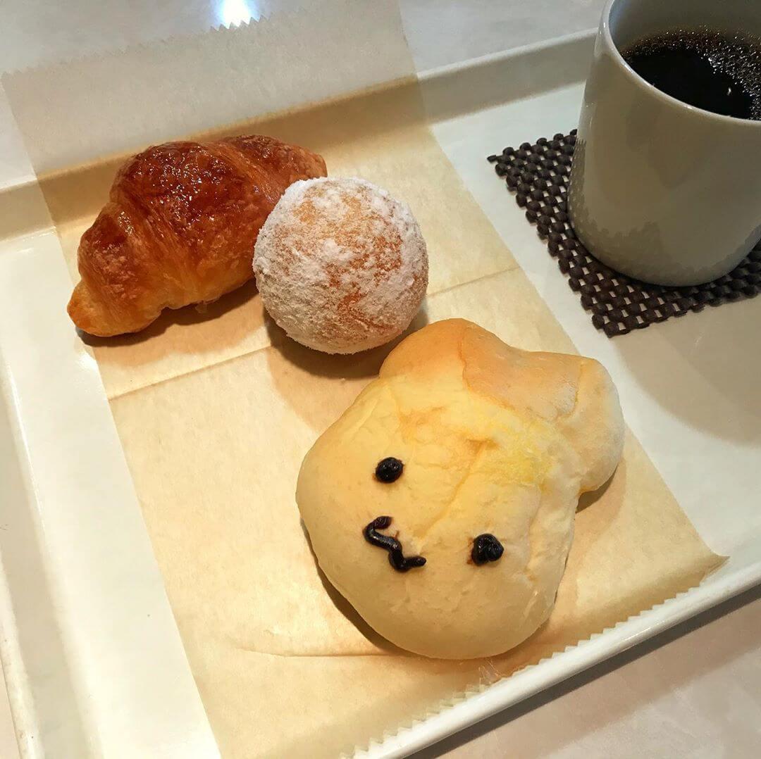 南海高野線 金剛駅の東口(富田林側)にあるパン屋さん「BAKERY & CAFE LONDON(ロンドン)金剛店」に行ってきました (5)