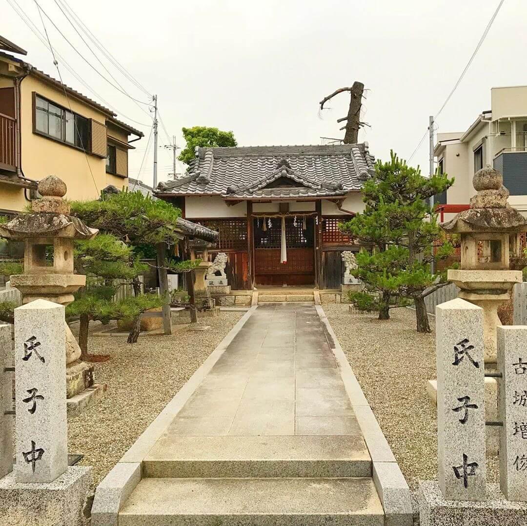 池尻地区を散歩中に通りかかった「狭間神社(はざまじんじゃ)」 (2)