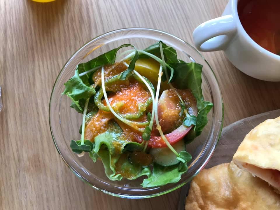 東野にあるcafe&restaurant「ala kitchen(アーラキッチン)」に散歩帰りにランチを食べに行ってきました (10)
