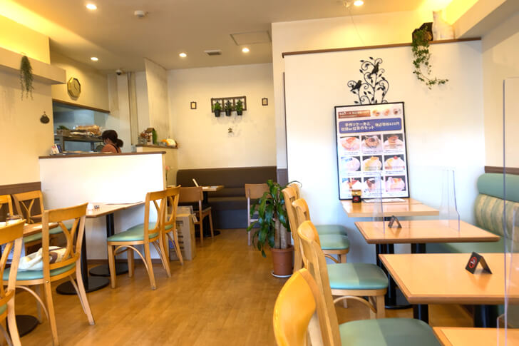 金剛駅前(西側ロータリー)の喫茶店「カフェ ブルーマウンテン」 (7)