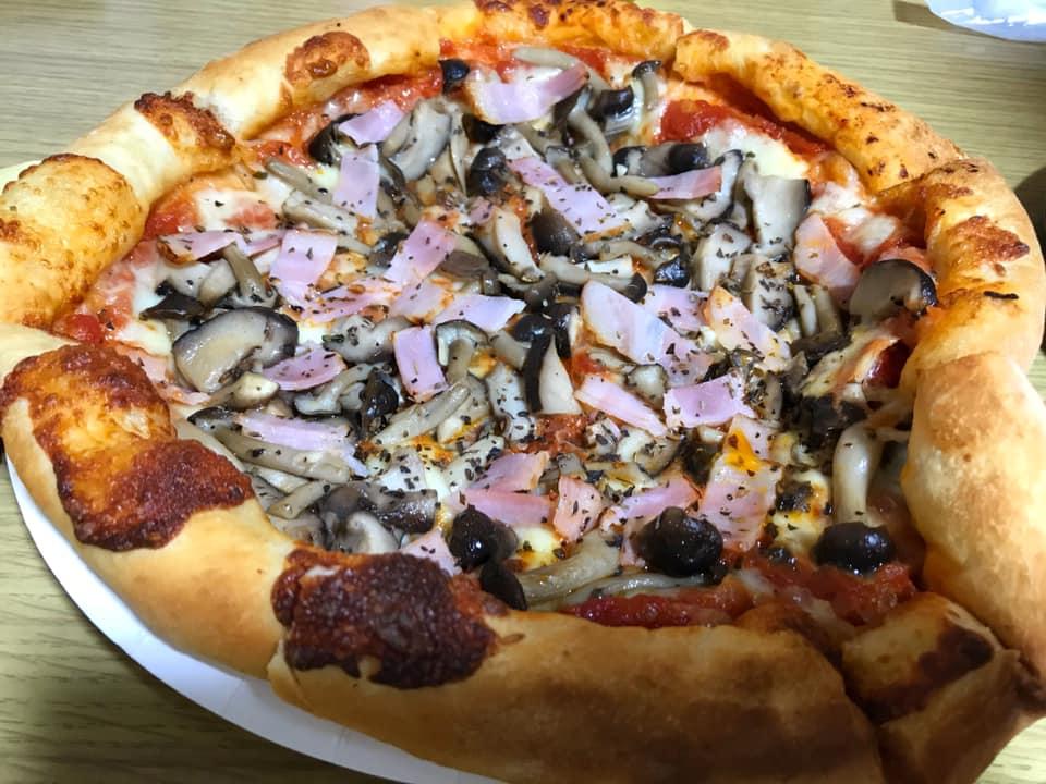半田1丁目にある「PIZZAOKA(ピザオカ)」でピザをテイクアウトしてきました (3)