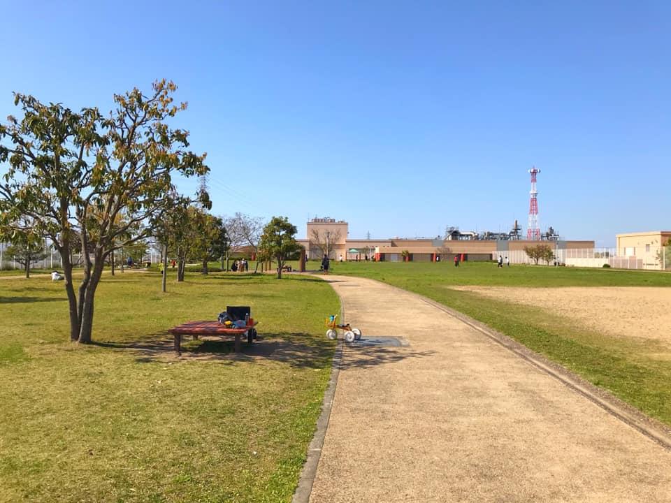 狭山水みらいセンターの敷地内にある「かがやき広場」を紹介します (9)