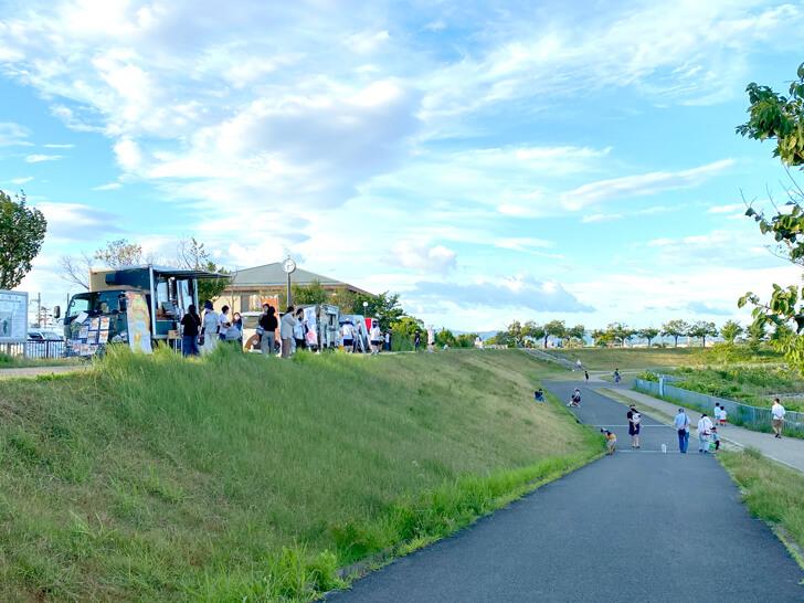 【2021年10月】狭山池にキッチンカーが出店!「キッチンカー-in-狭山池公園」4 (1)
