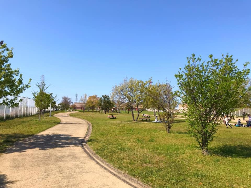 狭山水みらいセンターの敷地内にある「かがやき広場」を紹介します (2)